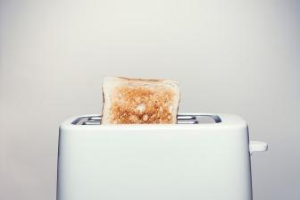toaster-2617854_1920